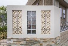 壁にガラスブロックと透かしブロックをプラス-サムネイル
