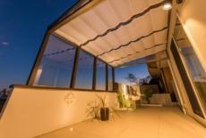 ガーデンライトで夜も美しいタイルデッキ-サムネイル