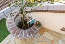 壁の笠木と植栽スペースを一体化-サムネイル